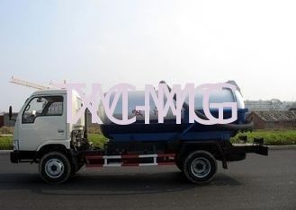 Self-Flow Emission Special Purpose Vehicles , Septic Pump Truck For Transporting Feces & Sludge & Screes